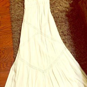 Chelsea & Violet full length Linen lace dress!